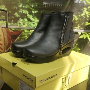Graphite Fly London boots